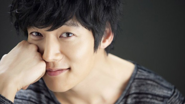 Khó tin với tuổi thật của loạt mỹ nam đình đám xứ Hàn 17
