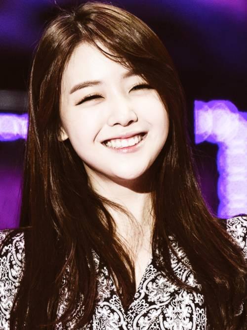 Ngất ngây với 10 đôi mắt cười đẹp nhất Hàn Quốc 8