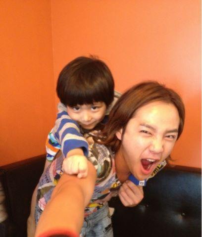 Top 5 mỹ nam Hàn sẽ là những ông bố tuyệt vời nhất 1