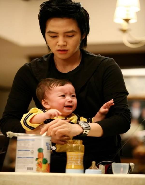 Top 5 mỹ nam Hàn sẽ là những ông bố tuyệt vời nhất 3
