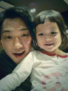 Top 5 mỹ nam Hàn sẽ là những ông bố tuyệt vời nhất 10