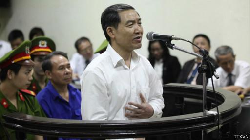 Dương Chí Dũng bình thản tại tòa hôm 24/4