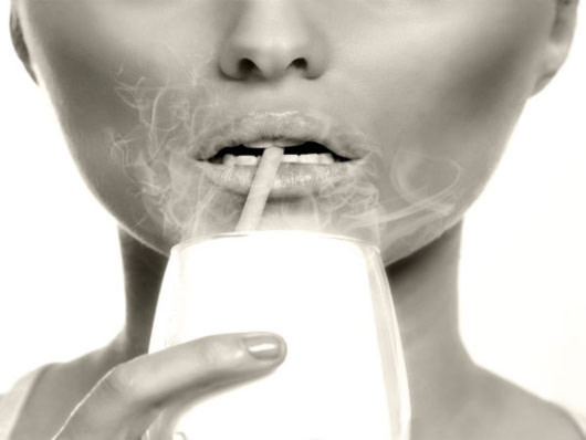 Hút thuốc phá hủy ngoại hình của bạn như thế nào