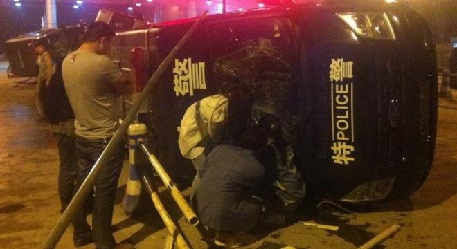 Trung Quốc bắt 60 người liên quan đến vụ đụng độ ở Hàng Châu. Hiện trường vụ đụng độ giữa cảnh sát và người biểu tình tại Hàng Châu ngày 10 tháng 5. Ảnh internet
