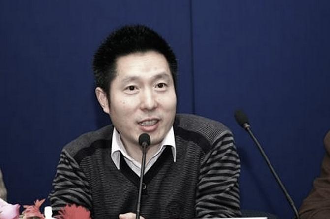 Quách Chấn Tỉ- Giám đốc Điều hành Kênh thông tin Tài chính của Đài Truyền hình Trung ương Trung Quốc đã bị bắt giữ và bị điều tra vì nghi ngờ hối lộ. (Screenshot/sina.com)