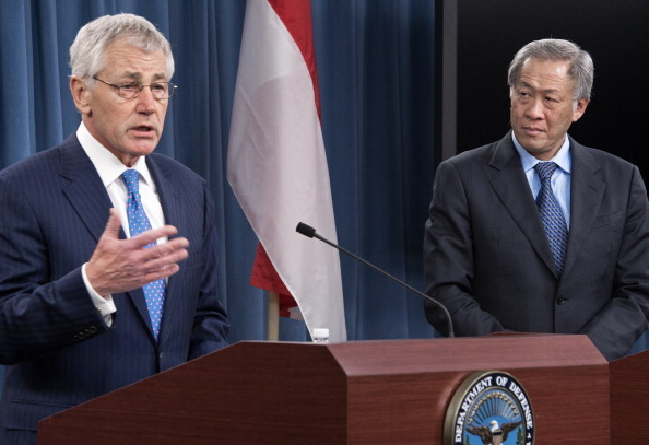 US-SINGAPORE-DEFENSE-HAGEL