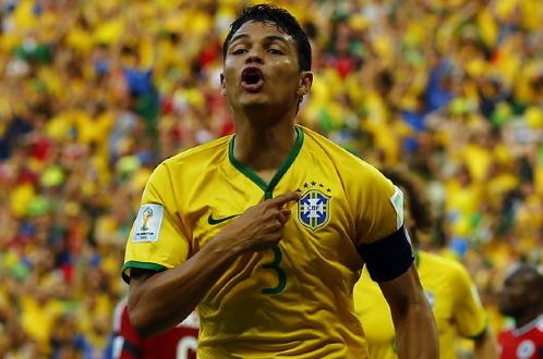 Bàn thắng sớm của Thiago Silva đã giúp Brazil vượt qua rào cản tâm lý. Ảnh: Reuters
