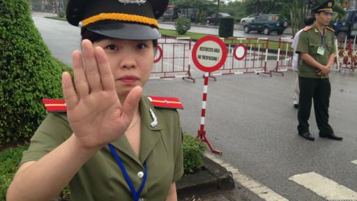 Ở Việt Nam quyền tư pháp yếu hơn nhiều so với quyền lập pháp và hành pháp.
