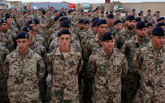 Lính Đức tham gia trong lực lượng NATO (ảnh: Reuters)