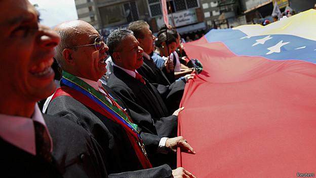 Luât sư Venezuela tập trung phản đối chính phủ