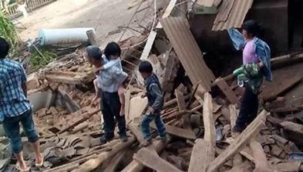 Chi nhánh Hội chữ Thập đỏ Trung Quốc ở tỉnh Vân Nam cũng gửi 500 chăn bông, 500 tấm mền, và 100 túp lều cho các nạn nhân. Trong khi đó, Hội chữ Thập đỏ Trung Quốc gửi 2.000 chăn bông, 2.000 áo khoác và 200 túp lều. Các chi nhánh khác của Hội chữ Thập đỏ Trung Quốc ở Hong Kong, Macao, và tỉnh Tứ Xuyên cũng đã gửi hàng cứu trợ.