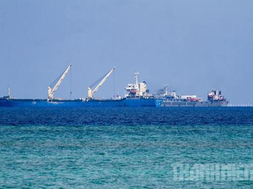 Trung Quốc đang đẩy mạnh các hoạt động phi pháp tại Gạc Ma - Ảnh: Mai Thanh Hải