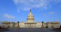 Mặt phía đông của tòa nhà US Capitol (ảnh: wikimedia)