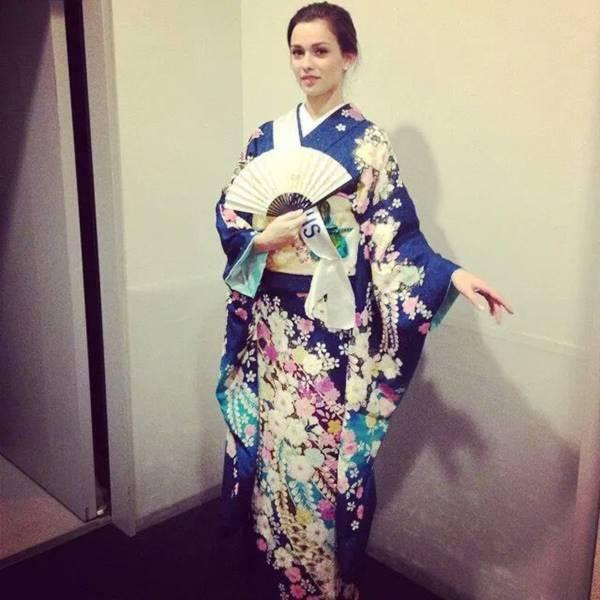 Đặng Thu Thảo xinh đẹp với Kimono tại Miss International 12