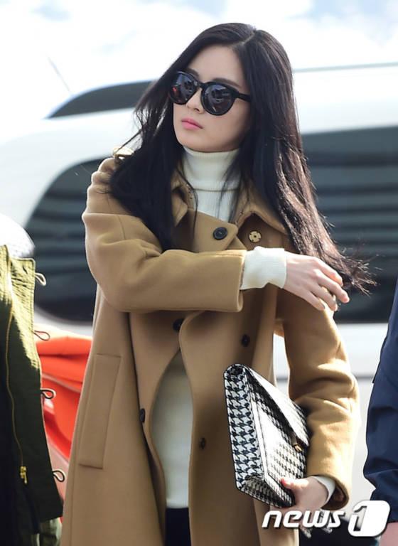 Jessica công bố tái xuất cùng lúc SNSD ra sân bay rời Hàn Quốc 8