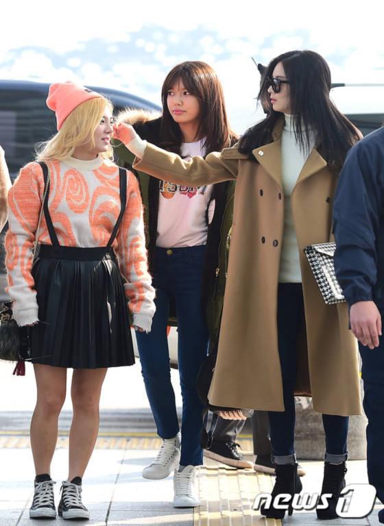 Jessica công bố tái xuất cùng lúc SNSD ra sân bay rời Hàn Quốc 9