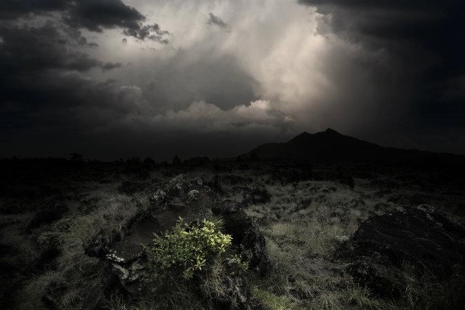 dark-skies-shutterstock_86844088-WEBONLY