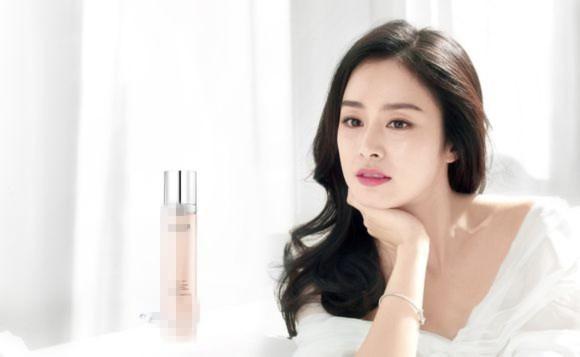 Kim Tae Hee đẹp long lanh trong loạt ảnh mới dù đã ngoài 30 3