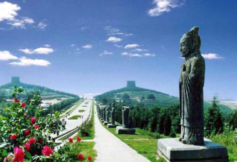 Những bí ẩn kinh ngạc trong lăng mộ Võ Tắc Thiên