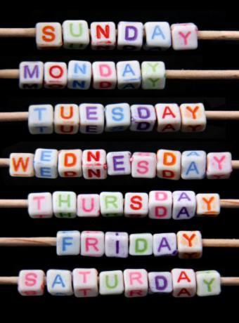 """Tại sao """"Thứ Hai"""" là ngày đầu tuần?"""