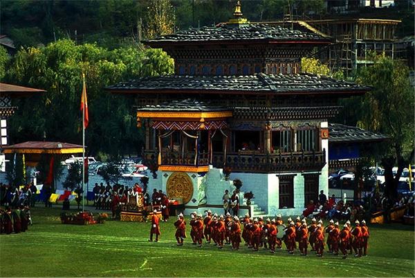Bhutan 4 4