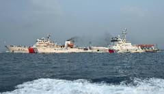 Các tàu tuần tra Hải Tuần 21 và Hải Tuần 1103 của Trung Quốc tại cảng ở Tam Á, phía nam tỉnh Hải Nam.  Photo: Xinhua