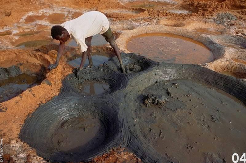 """Cánh đồng muối đất sét """"độc nhất vô nhị"""" ở sa mạc Sahara - 6"""