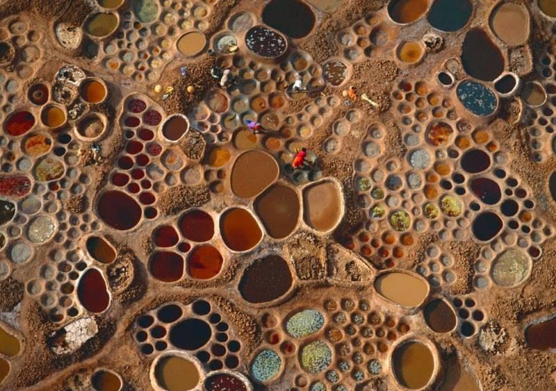 """Cánh đồng muối đất sét """"độc nhất vô nhị"""" ở sa mạc Sahara - 1"""