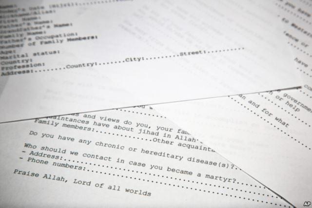 Một bản sao đơn xin gia nhập mạng lưới khủng bố của Osama bin Laden đã được dịch lại.