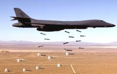 Máy bay đang tấn công IS