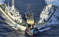 Tàu Trung Quốc đẩy ép tàu cá Việt Nam manh động hơn. (ảnh chụp tháng 6/2014). Doisongphapluat