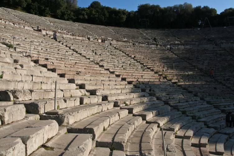 Chiêm ngưỡng kiệt tác nhà hát của người Hi Lạp cổ đại