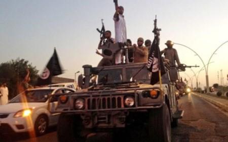 Iraq thua nhan mat hang nghin xe boc thep vao tay IS