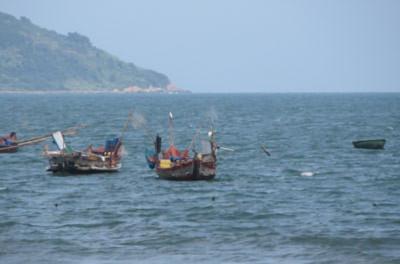 Từ thành phố Đà Nẵng nhìn ra biển Đông