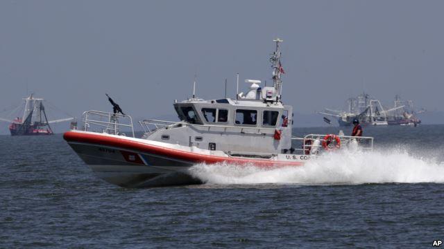 Công ty Metal Shark là nhà thầu đóng tàu cho lực lượng tuần duyên Mỹ.