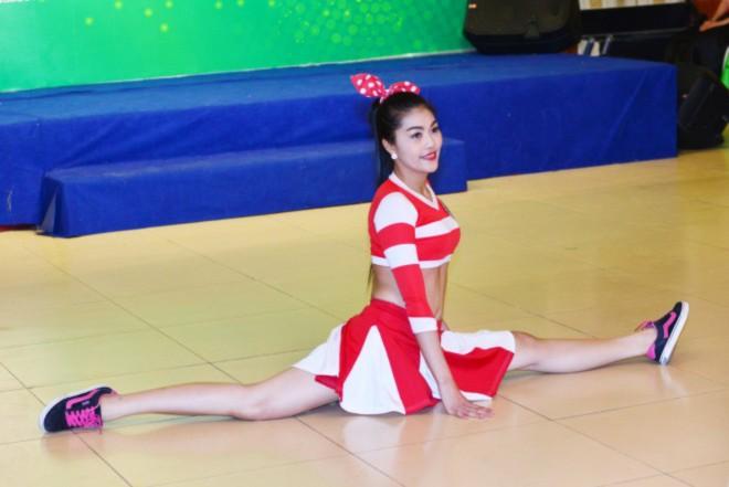 Thí sinh Vương Thanh Tuyền nhảy aerobic