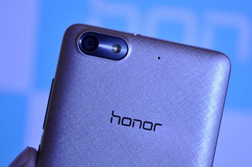 """Honor 4C trình làng: Lõi 8, màn hình 5-inch, giá rẻ """"không tưởng"""" - 4"""