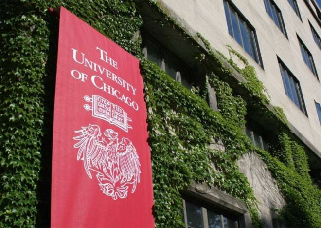 <b>8. Đại học Chicago</b><br><br>Quốc gia: Mỹ<br>Xếp hạng trong nước: 7<br>Xếp hạng về chất lượng giáo dục toàn cầu: 4<br>Xếp hạng về công việc của sinh viên sau tốt nghiệp: 15<br>Tổng điểm: 90,7/100<br><br><i>Nguồn: Center for World University Rankings</i><br>