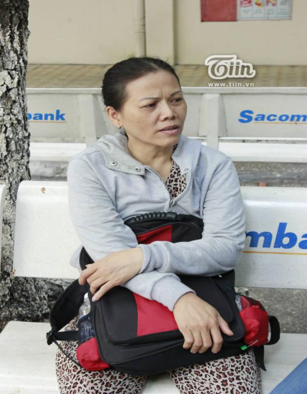 TPHCM Thí sinh và phụ huynh lo lắng xét tuyển NV1 như ngồi trên ghế nóng