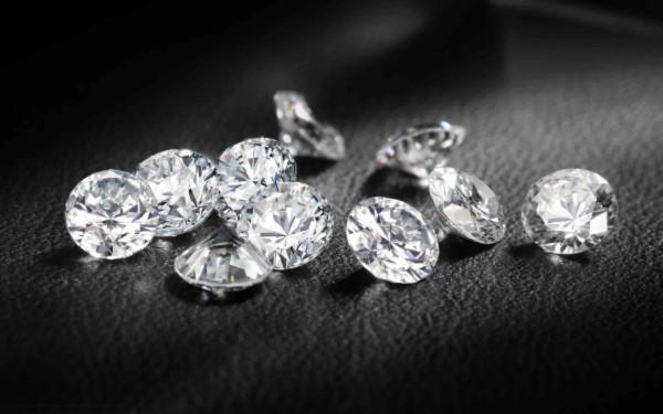 Cách tạo ra kim cương tinh khiết như kim cương tự nhiên trong 2 tuần