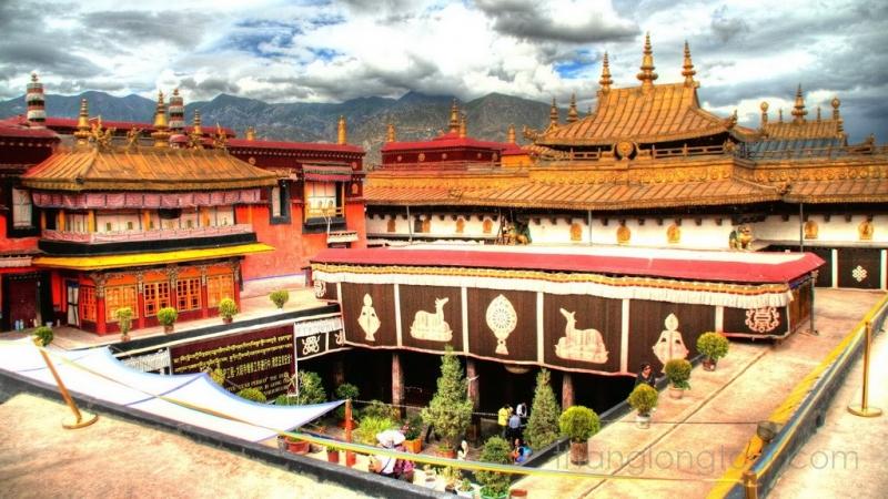 Thổ Phồn vì diệt Phật mà một chuỗi những thảm họa tự nhiên đã phát sinh. Cuối cùng vương triều sụp đổ, nhưng Phật giáo vẫn tồn tại đến ngày nay. (Ảnh một ngôi chùa ở Tây Tạng: Internet)