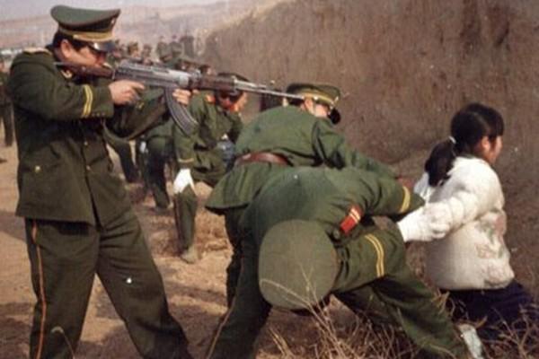 Một cảnh hành hình ở Trung Quốc. (Ảnh: internet)