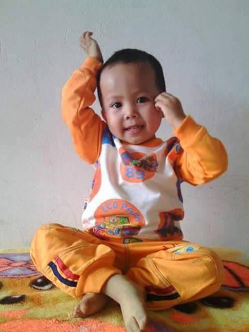 Nước mắt cha mẹ tìm con trai 3 tuổi nghi bị bắt cóc - 3