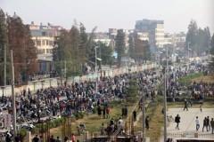 Ngày 29/11, hơn chục ngàn người dân biểu tình phản đối xây nhà máy đốt rác phát điện, bị cảnh sát dùng bom cay và súng bắn làm nhiều người bị thương