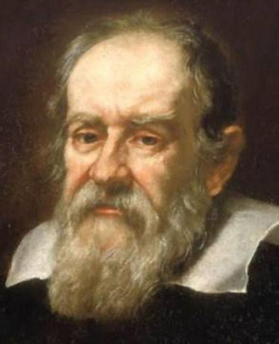 Nhà khoa học vĩ đại Galileo Galilei đã lên tháp Pisa để tiến hành 1 thí nghiệm của mình, điều này đã góp phần làm ngọn tháp càng nổi tiếng.