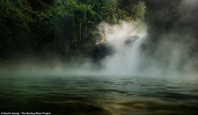 Cảnh tượng thiên nhiên kỳ thú bên cạnh dòng sông sôi ở Peru có thể sẽ là một điểm đến thú vị cho những người yêu thích khám phá. Ảnh soha
