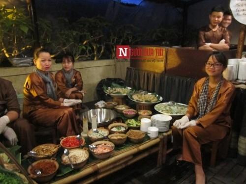 Chuyện người Tây mê mẩn ăn Tết Việt ở Đà Nẵng - Ảnh 12
