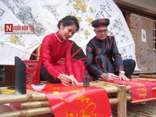 Chuyện người Tây mê mẩn ăn Tết Việt ở Đà Nẵng - Ảnh 2