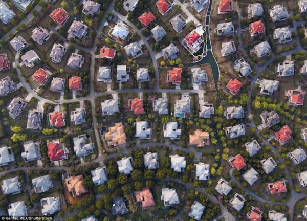 Hoa mày chóng mặt với hàng nghìn căn biệt thự san sát ở Trung Quốc - Ảnh 6.