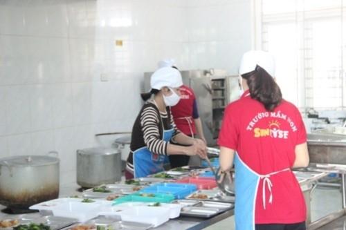 An toàn thực phẩm Mầm non: Đến giáo viên cũng lo…ngộ độc - Ảnh 2